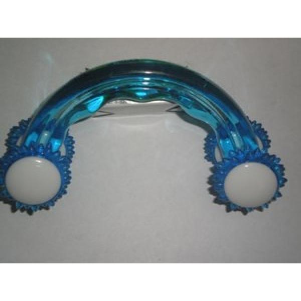 persuasions: массажер пластик: http://glosshalf.blogspot.com/2013/04/blog-post_7245.html